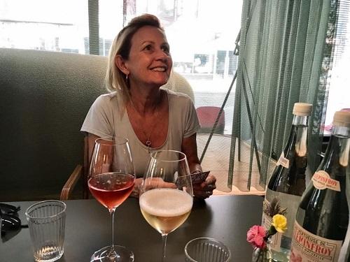 Riga Lativa champagne bar