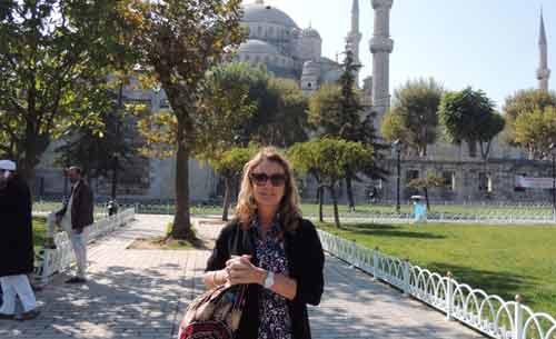 progressive traveller visits the Blue Mosque