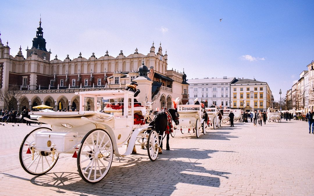 Krakow Visitor's Guide | Beer, Dine and Stay