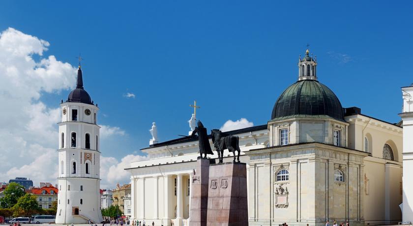 Cathedral Square Vilnius