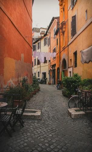 Roman Guy Trastevere Food Tour